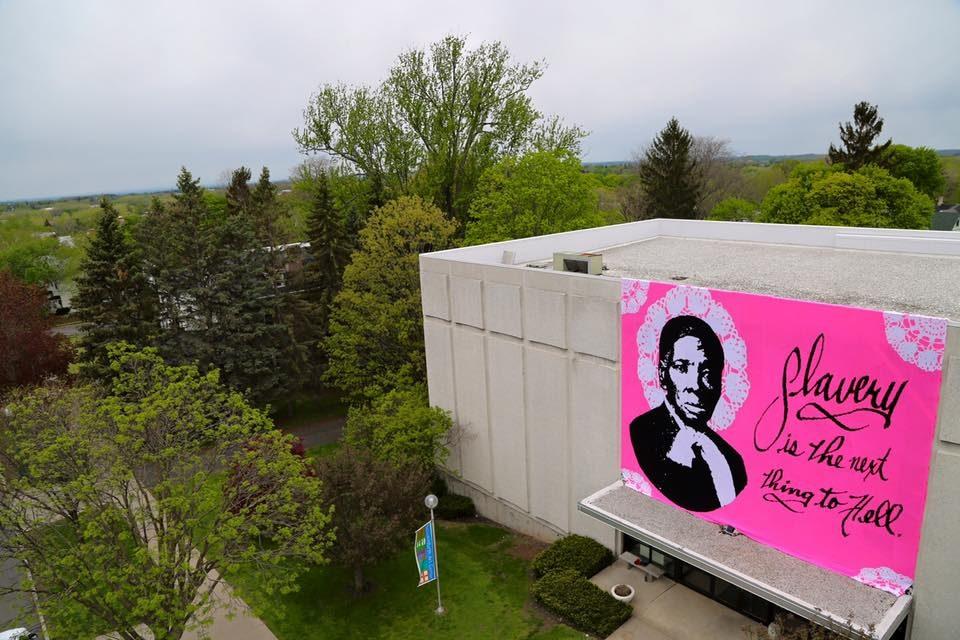 Incredible 32ft Crocheted Harriet Tubman Mural Kicks Off Olek's Latest Endeavor, 'Love Across the USA'