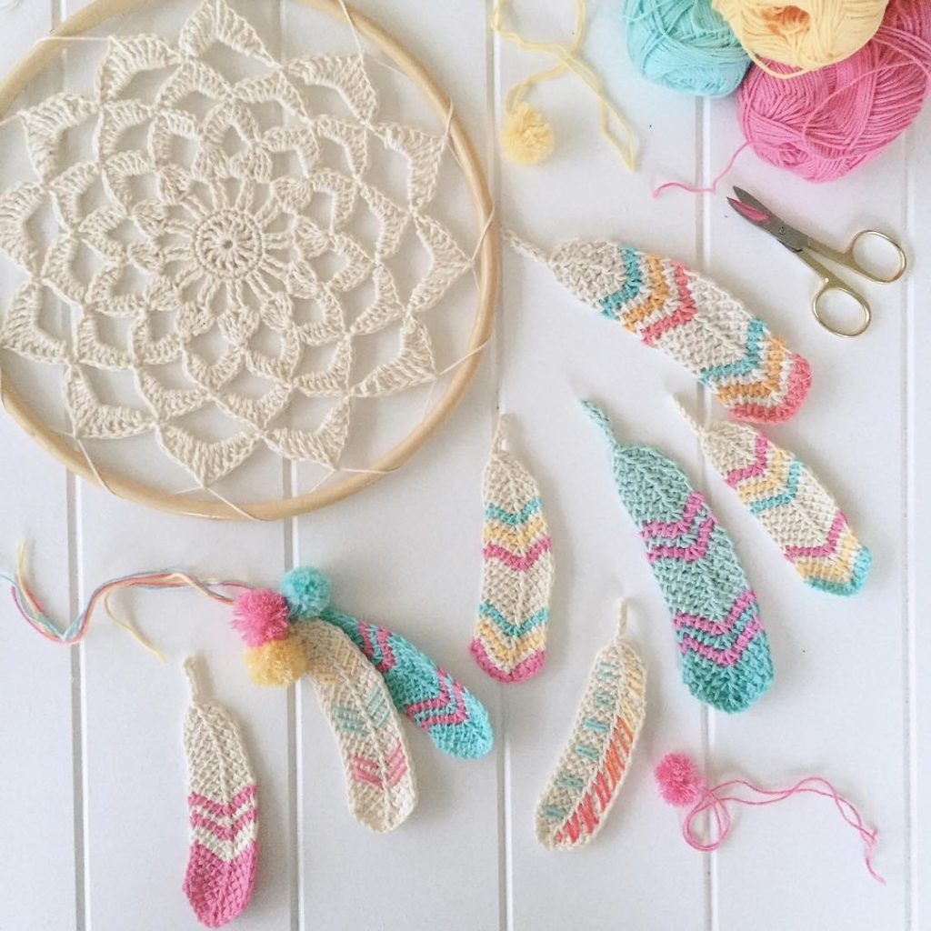 Tunisian Crochet Feathers - Free Pattern From Poppy & Bliss