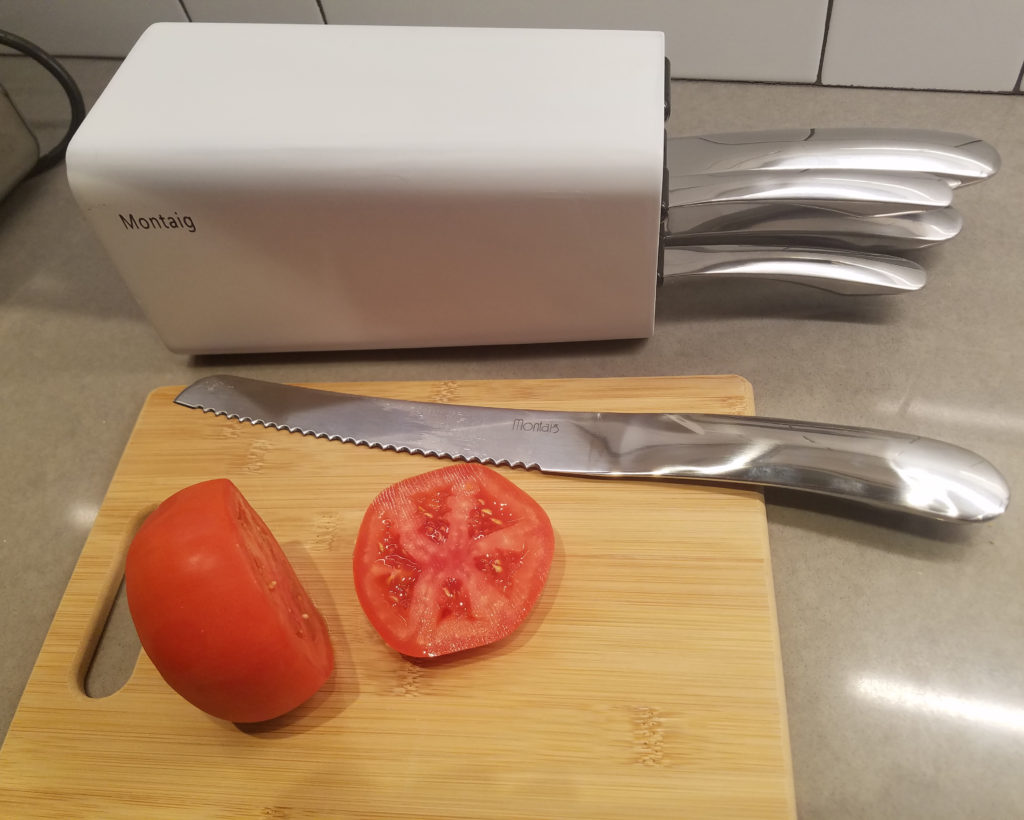 Montaig's Stylish Kitchen Knife Set