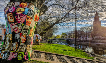 Crochet Portraits – Striking Yarn Bomb Spotted in Turku, Finland For Finland100