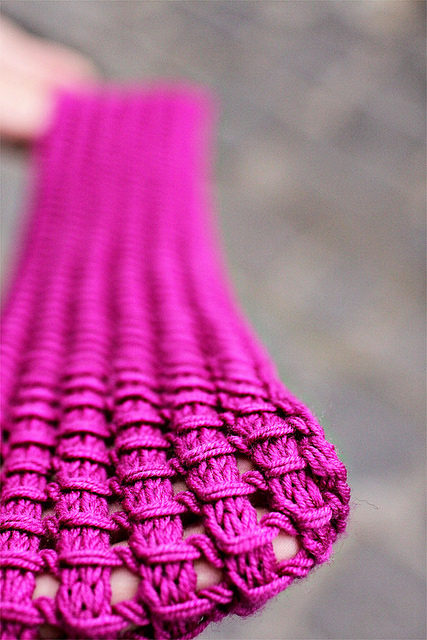 Knit a Tegwyn Cowl – Don't You Just Love This Stitch?