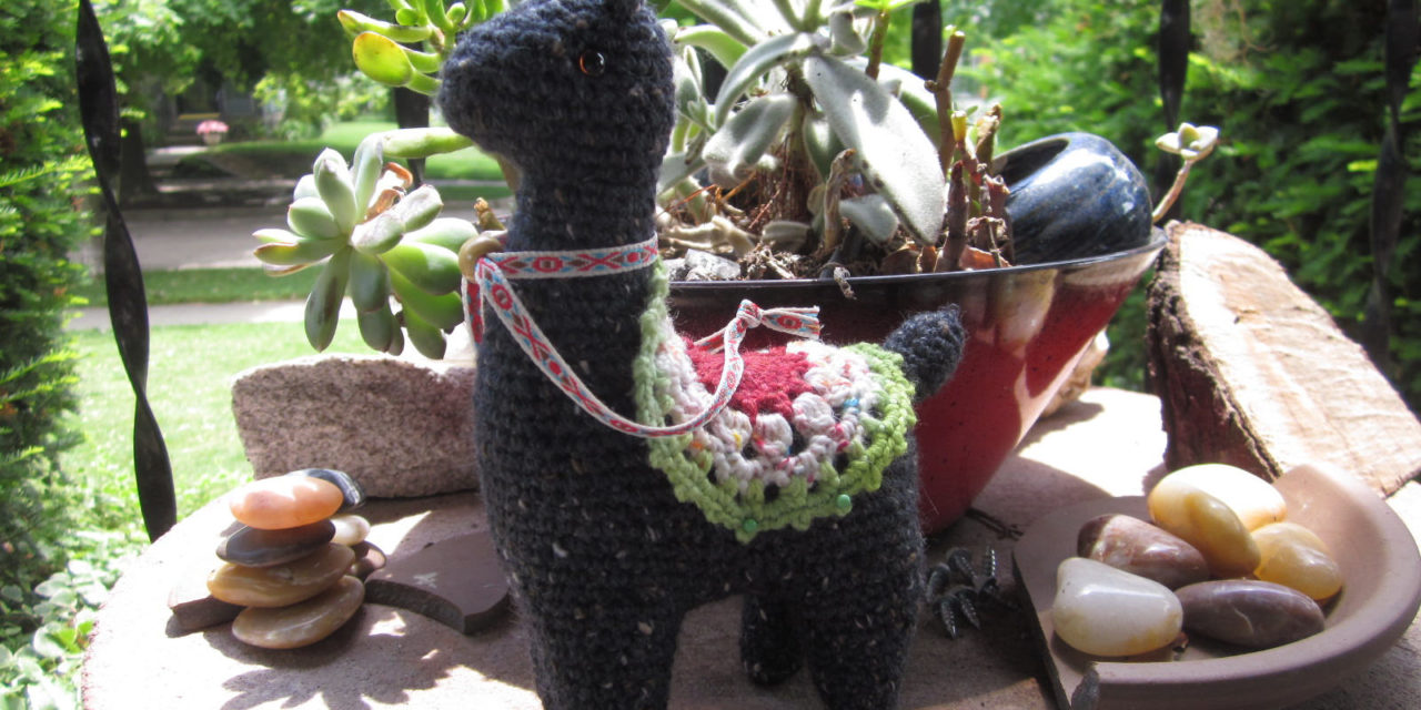 Llama Llama Ding Dong – Such a Cute Amigurumi, Plus There's a Pattern!