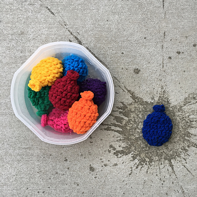 Crochet Water Balloons! They Work, They're Real and the Pattern is FREE!