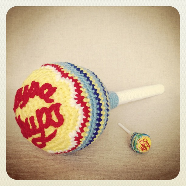 It's National Lollipop Day! Here Are Some Crochet Chupa Chups!