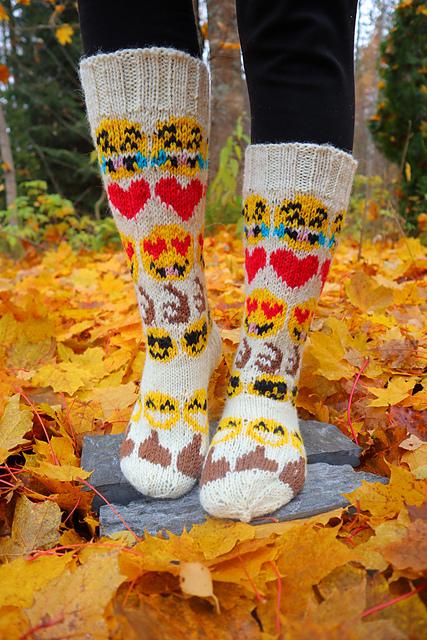 15 Unusual Knit & Crochet Emoji Projects for World Emoji Day
