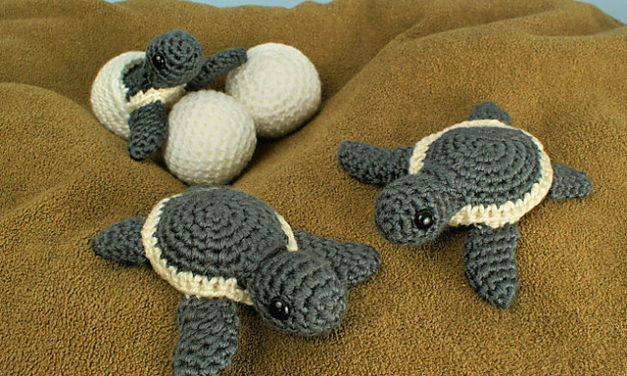 Everyone's Crocheting Baby Sea Turtle Blankets This Summer … Here Are a Few Fun Patterns To Get Started!