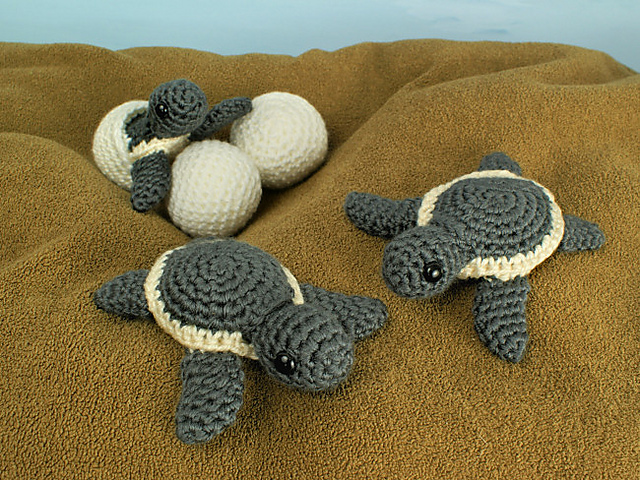 Everyones Crocheting Baby Sea Turtle Blankets Here Are A Few Fun