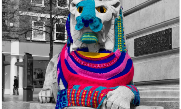 The Left Lion of Nottingham's Old Market Square Gets Yarn Bombed!