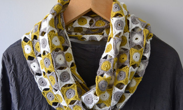 """This Gorgeous Crochet """"Join the Dots Cowl"""" Pattern is FREE on Ravelry For a Limited Time – So Yummy!"""