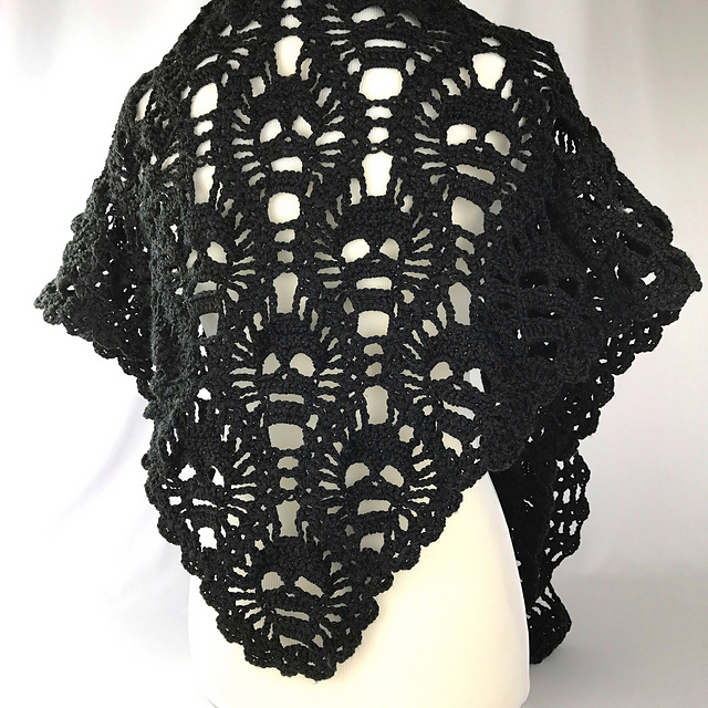 Crochet This Spine-Tingling Lost Souls Skull Shawl For Halloween - The Pattern is FREE!