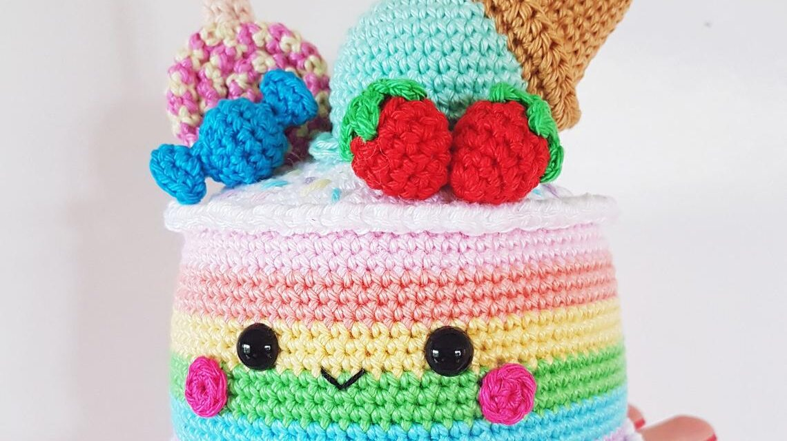 Crochet A Rainbow Cake Amigurumi – So Cute!