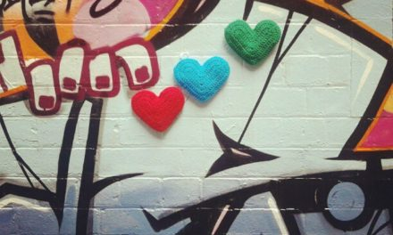 3D Heart Yarn Bomb Meets Street Art By The Twilight Taggers