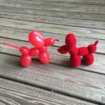 Finn's Pick: Crochet This Fun Balloon Dog – a Must-Make for Jeff Koons Fans!