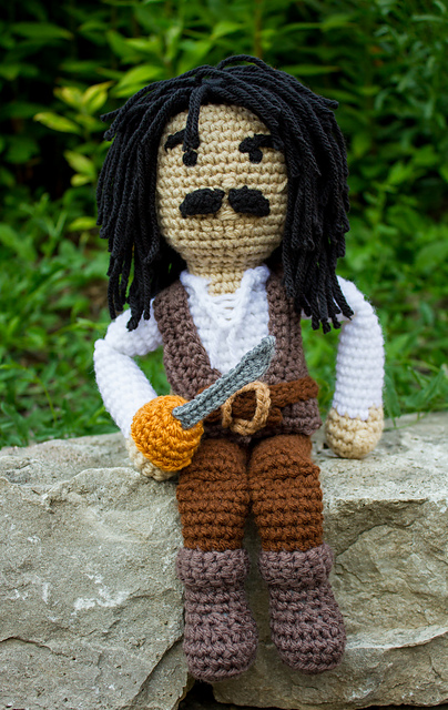 Hey Princess Bride Fans, You Can Crochet This Impressive Inigo Montoya Amigurumi!