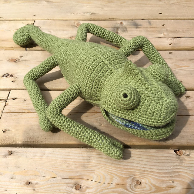 Crochet This Incredible Color-Changing Chameleon – Guaranteed To Impress Your Friends!