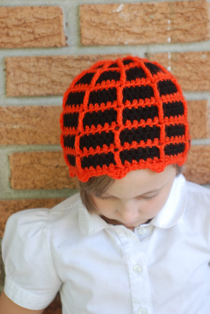 Free Pattern: Crochet a Fantastic Spiderweb Beanie For Your Favorite Wee One