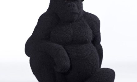 Shauna Richardson Crocheted a Life-Sized Gorilla