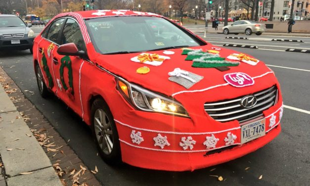 "Ugly Christmas Sweaters, Karaoke & a Good Cause … Washington Lyft Riders Experience ""Merry Mode"""
