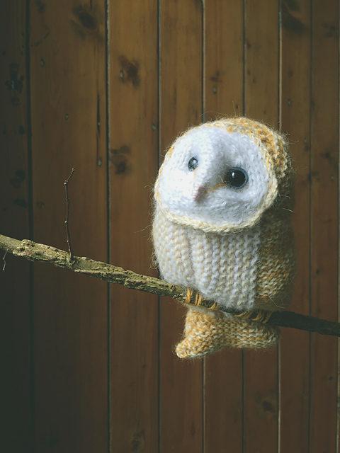 Knit a Tiny Winter White Barn Owl
