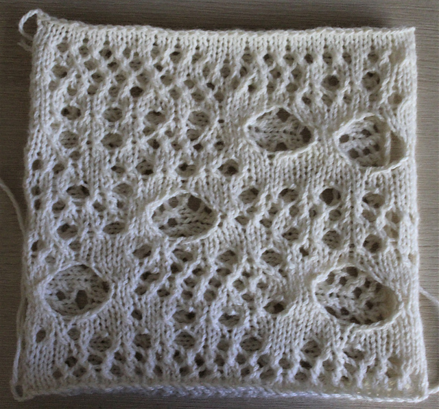 Learn How To Make Holes In Your Knitting – Download This FREE Stable Hole Construction Pattern