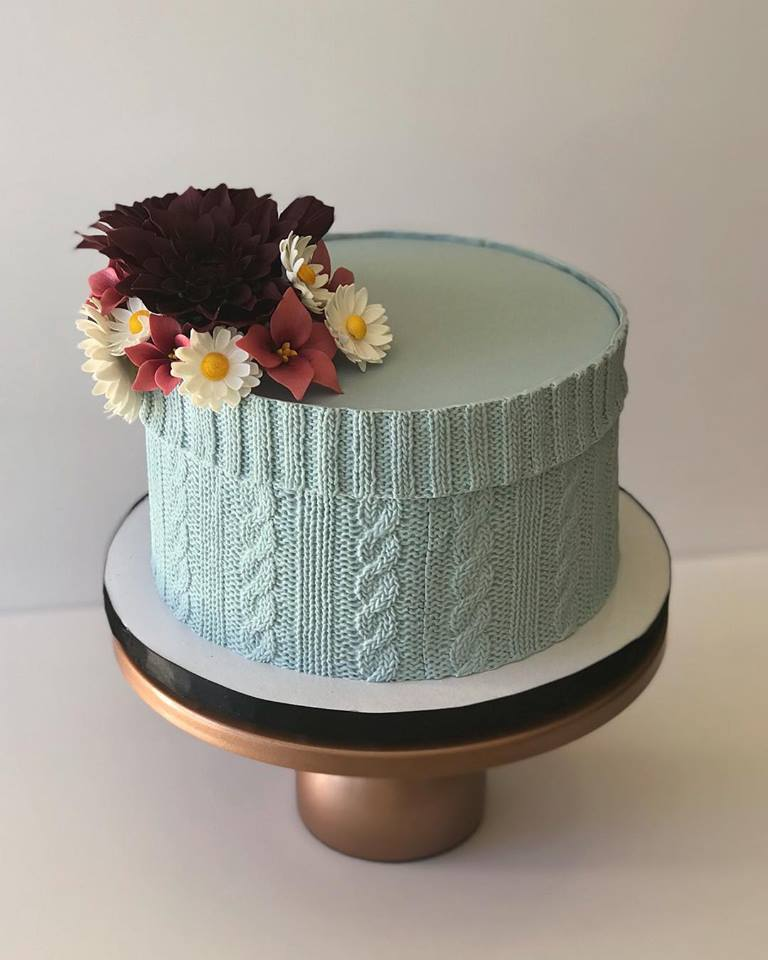 One of the Most Detailed Edible Cable-Knit Cakes I Have Ever Seen - Simply Incredible ... WOW!