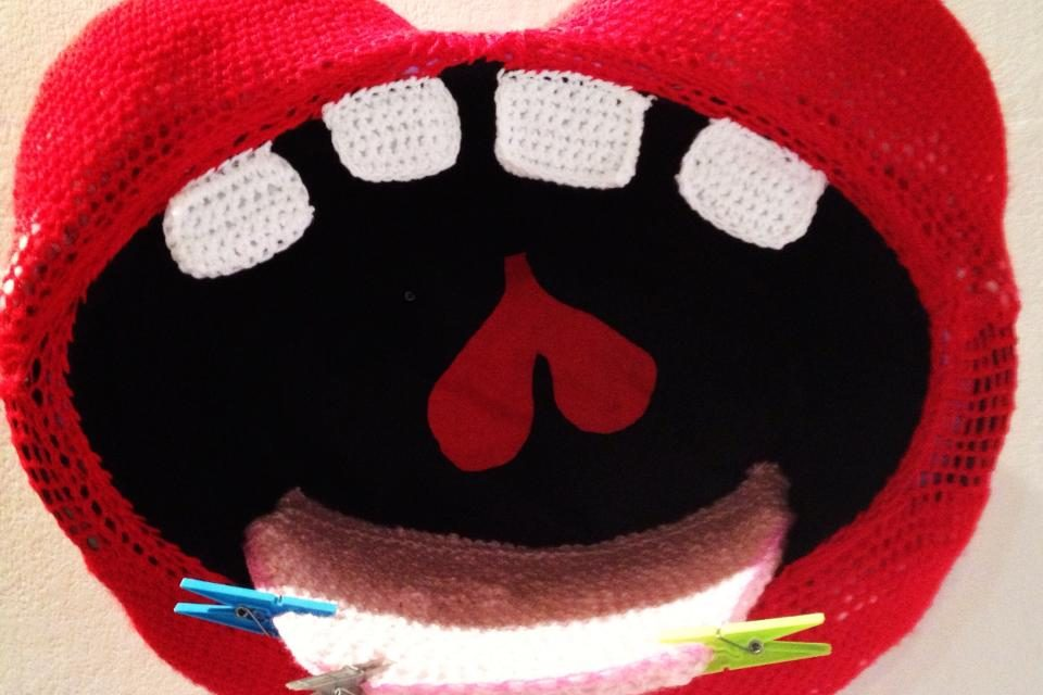 Big Mouth Strikes Again … Amazing Crochet Mouth By Guerrilla Crochet Casteddu