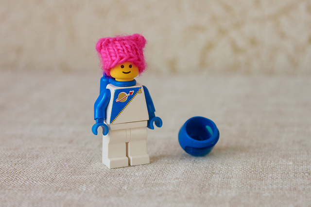 Knit a Ten Minute Pussyhat Project Hat … Perfect For a Lego Minifigure!