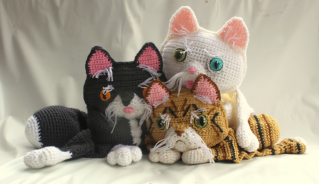 Ravelry: AmiCats Tabby Cat pattern by June Gilbank | 370x640