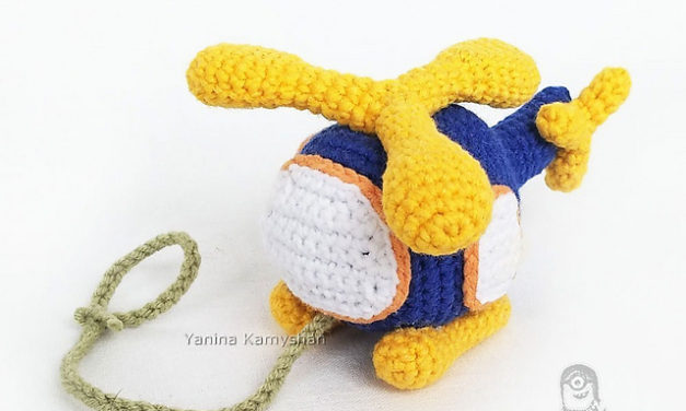 Crochet an Amigurumi Helicopter – So Colorful and Cute!