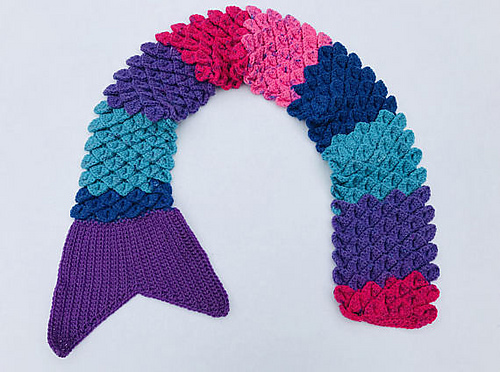 It?s a Mermaid Tail and a Scarf ? Such a Creative Use of the Crochet Crocodile Stitch Too!