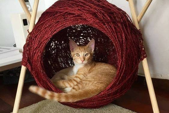The Bed Your Kitty-Cat Dreams Of – It's a Ball of Yarn Cat Cave! Get the Tutorial To Make One …