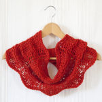 Your Spring Fling Is Here … the Perfect Knit Cowl and the Pattern is FREE!
