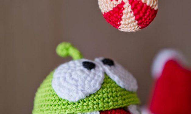 Crochet a Cut the Rope Amigurumi!