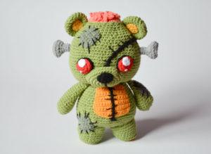 Zombie Bear Amigurumi