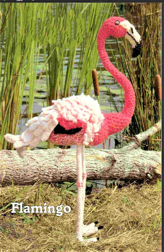 Flamingo - Get This Vintage Bird Pattern