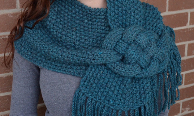 Hello Gorgeous … This Knitted Celtic Knot Cowl is a Must-Make!