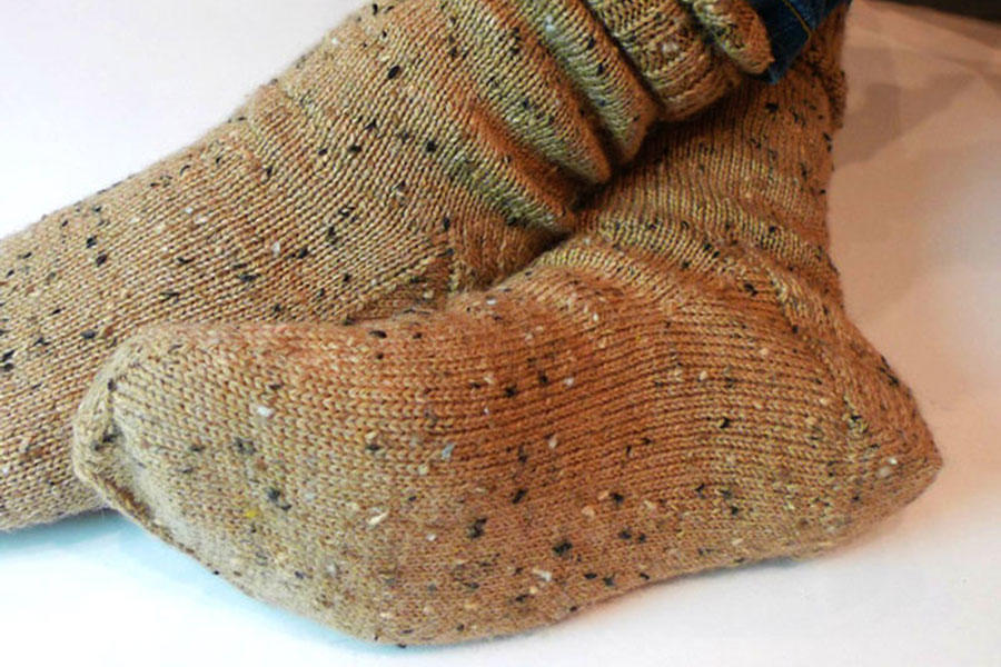 Knit Your First Pair of Socks With This Basic Pattern, Free From Canadian Living