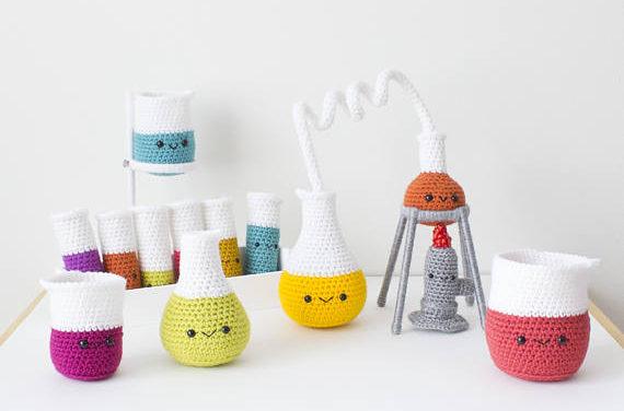 Crochet an Amigurumi Chemistry Set – So Cute and Super Smart Too!