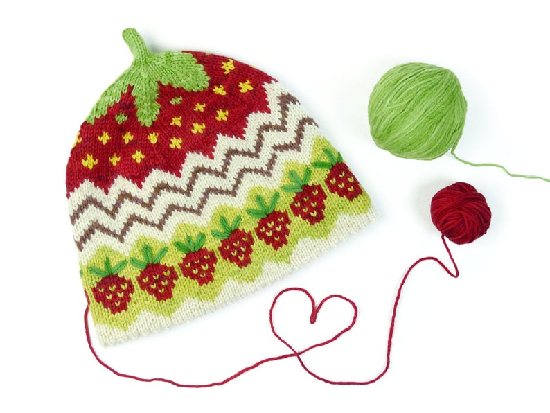 Get the pattern, designed by Steffi's Cats & Hats