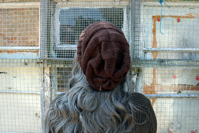 Knit Razor's Hat From Doctor Who Episode 'World Enough and Time' - FREE Pattern!