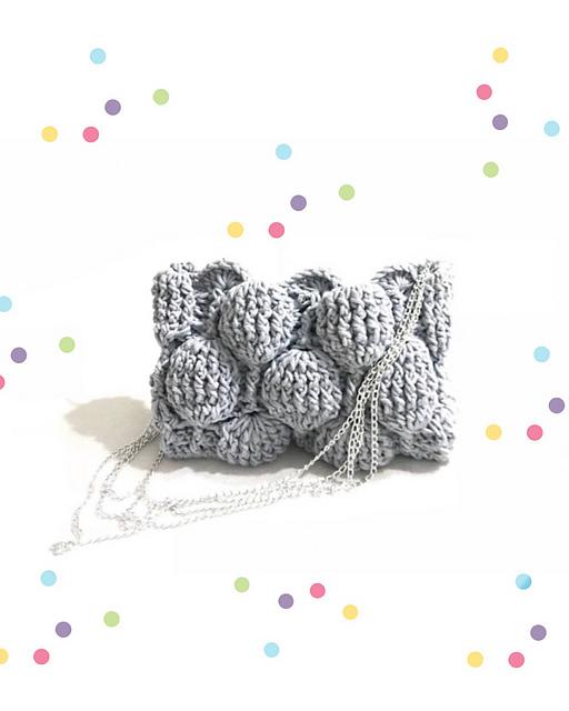 Crochet a Fantastic Moon Balloon Clutch - The 3D Texture Is So Fun!