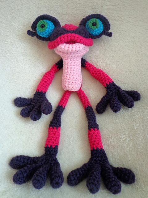Too Cute ... Oversized Pink Poisonous Dart Frog Amigurumi, Get the Crochet Pattern!