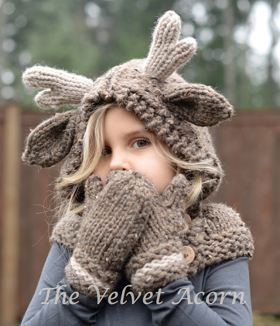 Get the pattern designed by Heidi May of The Velvet Acorn