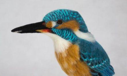 Kiyoshi Mino's Nifty Needle-Felted Kingfisher