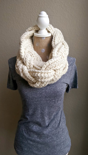 Learn How To Crochet a Beautiful Braided Infinity Scarf