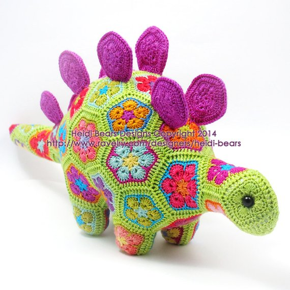 Get the African Flower Hexagon pattern by Heidi Bears Designs!