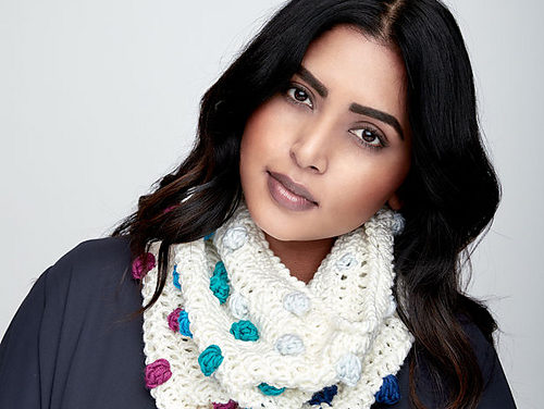 Bobbles Are Fun And So Is This Crochet Bobble Pop Cowl!