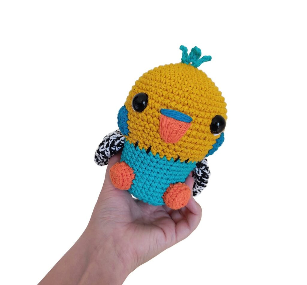 Looking For Budgie Patterns? Try Knitting & Crochet These Pretty Parakeets!n