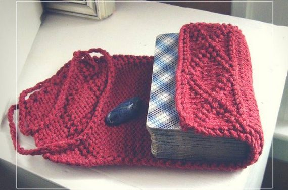 Knit a Wrap For Your Tarot Cards … Great Gift Idea!