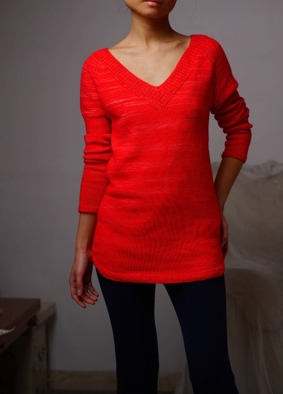 Get the knit pattern for this fun sweater from Minimi Knit Design